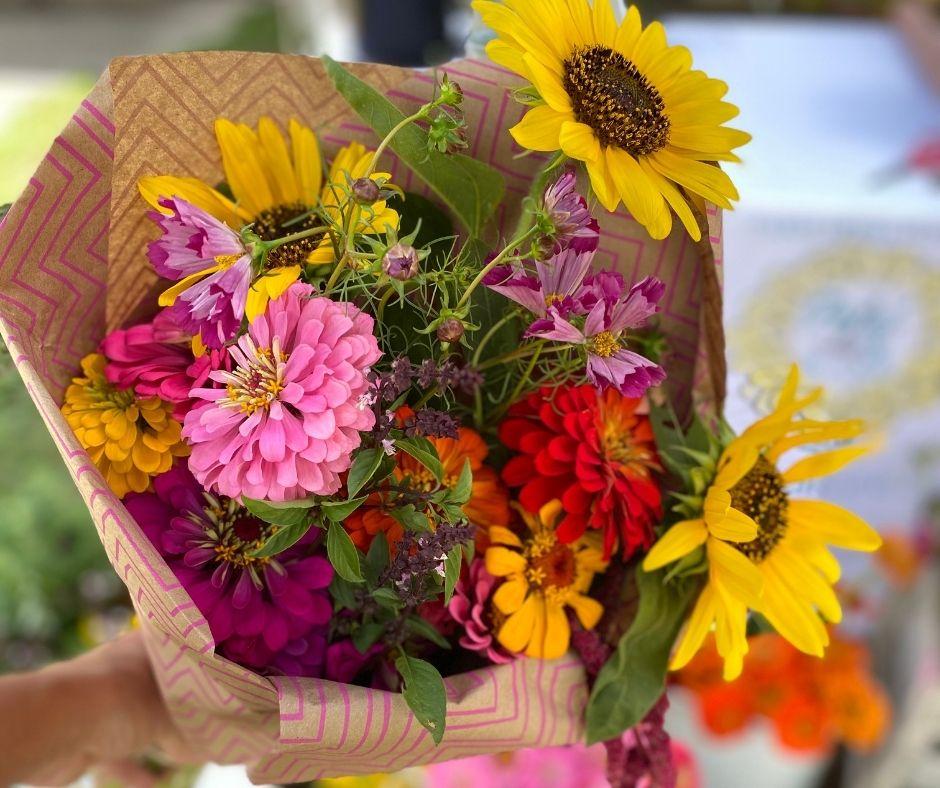 Petal & Rake bouquet